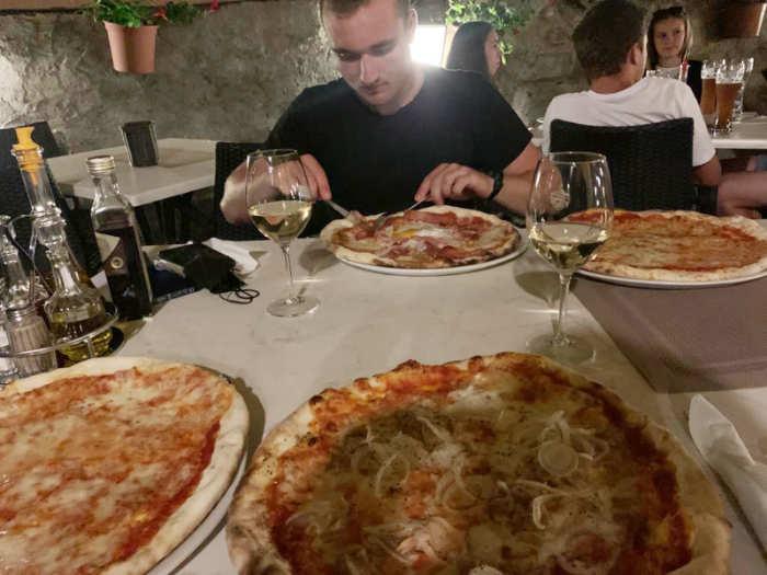 Pizza kann er essen